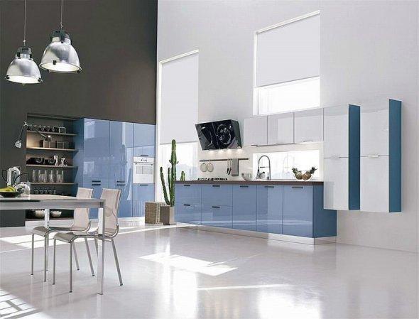 Дизайн кухни большой площади.
