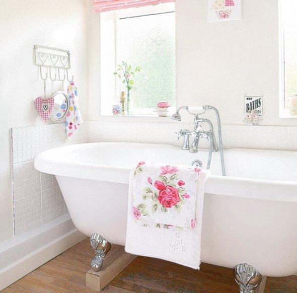 Классическое оформление ванной комнаты.