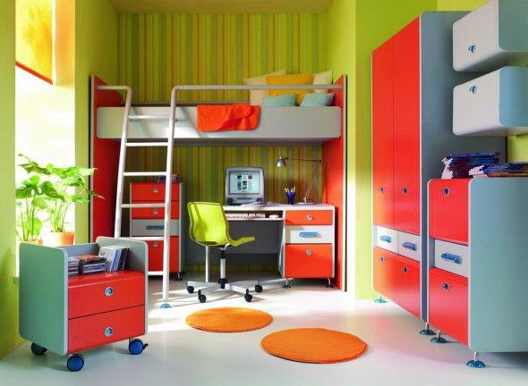 Так экономят пространство в детской комнате