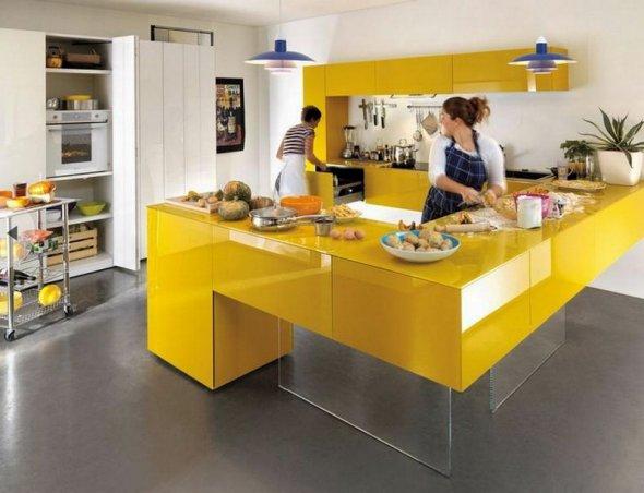 Приготовление пищи на кухне. Фото