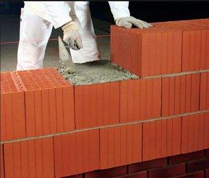 Кладк стен из керамических блоков