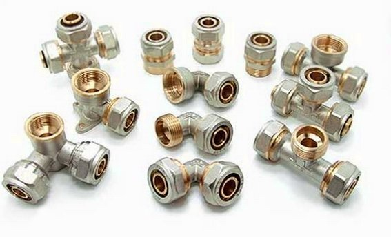 Фитинги для соединения металлопластиковых труб