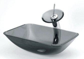 Ванная со смесителем на стойке