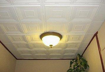 Размещение плитки на потолке