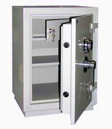Надежный сейф