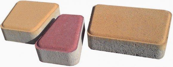Плитки различной расцветки для тротуара