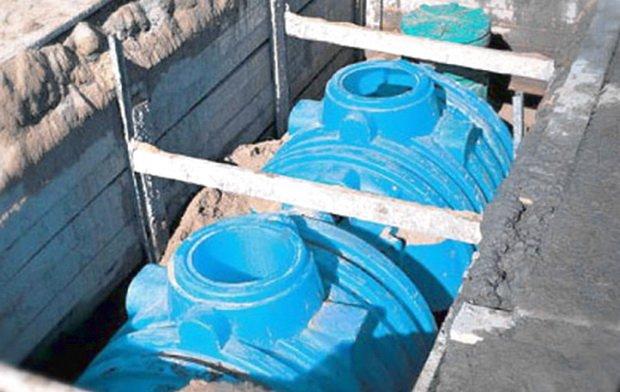 Пластиковая емкость установка