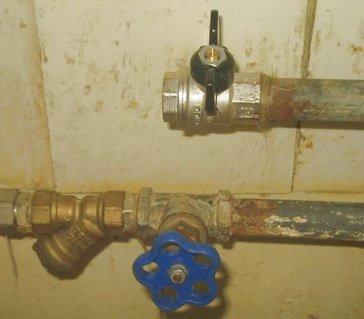 Стальные трубы для ремонта трубопровода