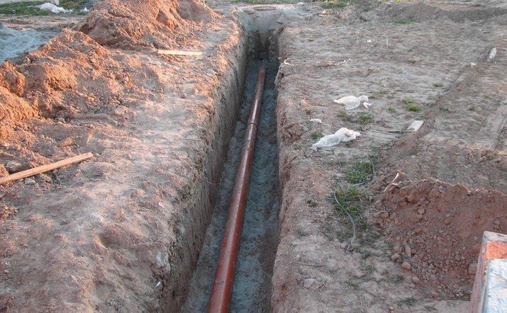 Наружные канализационные трубы. Из чего выбрать?