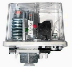 Модель реле давление в прозрачном корпусе