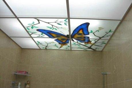 Витражи на потолке в ванной - красивое оформление
