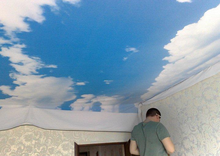 Натяжной потолок делает спец организация