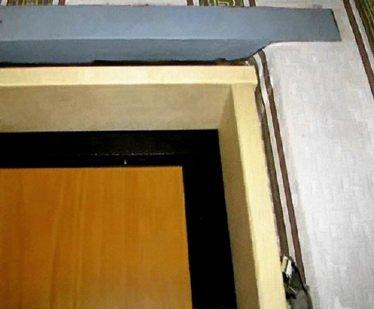 Как устанавливать входную дверь
