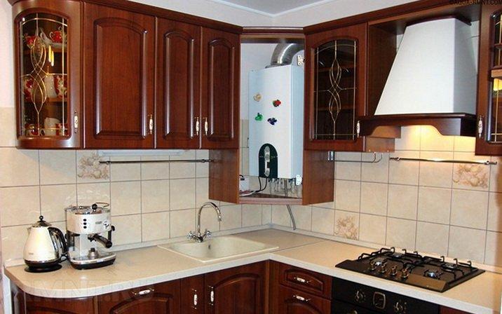 Газовый котел установлен на кухне
