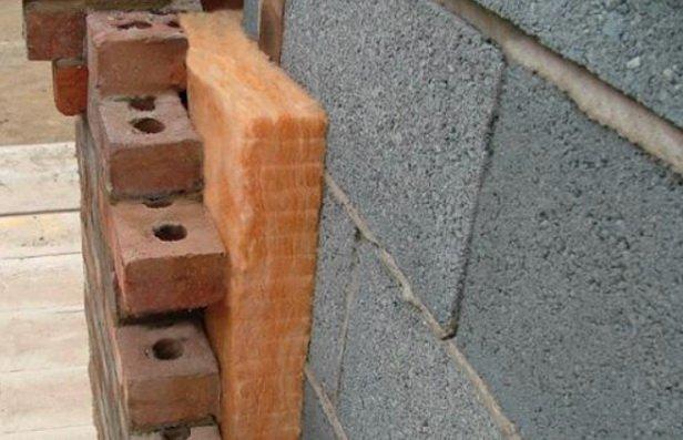 Неправильная стена из минеральной ваты