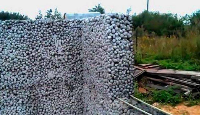 Теплая стена сделанная из керамзитобетона без песка