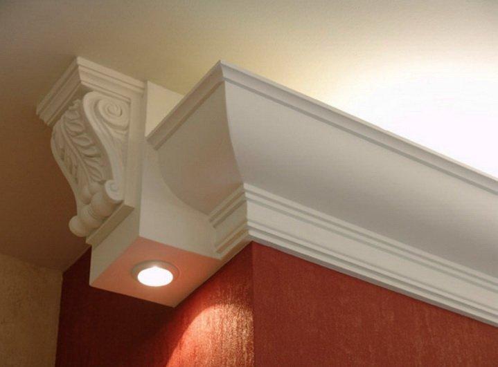 Большой потолочный плинтус - для высоких потолков