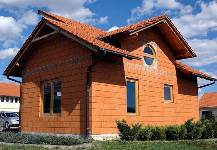 Дом из керамических блоков будет теплее обычного