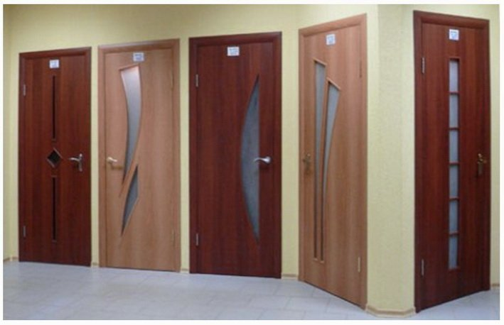 Различный дизайн межкомнатных дверей