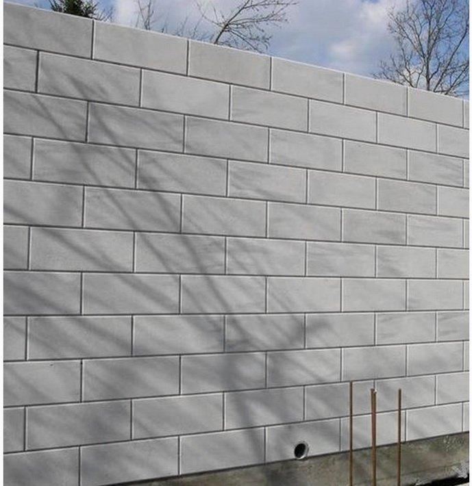 Стена газобетона с выделенными швами под покраску