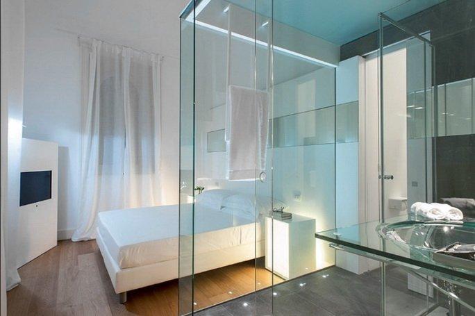 Закаленное триплекс стекло при оформлении душевой кабинки