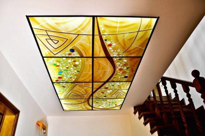 Художественное оформление интерьера с помощью витражного стекла