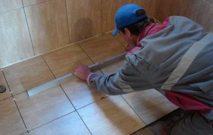 Полы выравниваются под плитку