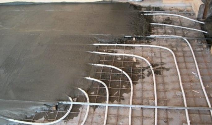 Теплый пол создается с цементной стяжкой