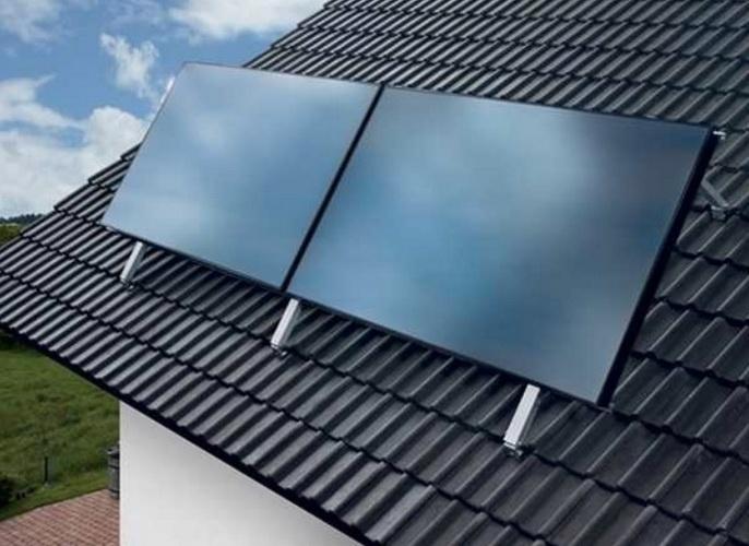 Новый плоский нагреватель на крыше дома
