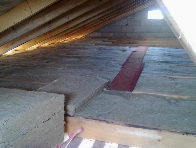 Утепление деревянного чердака