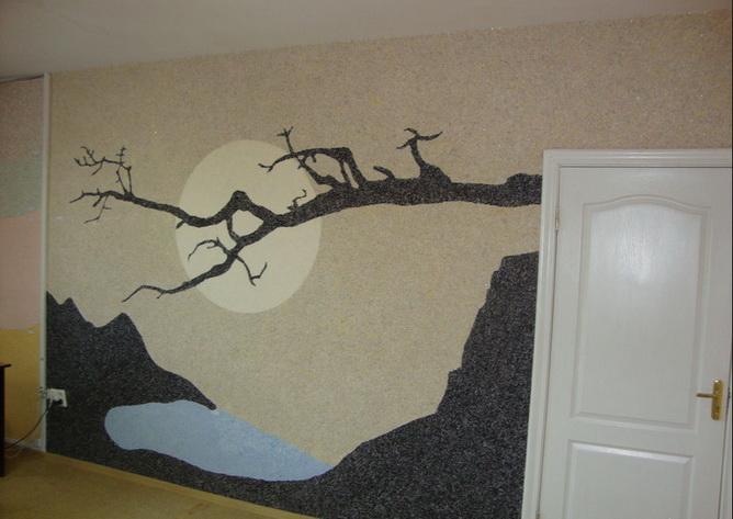 Рисунки на стенах с помощью жидких обоев