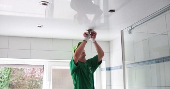 Как монитировать натяжной потолок