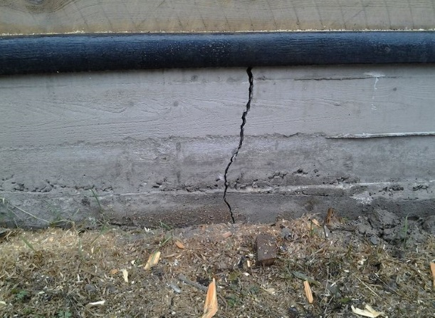 Ошибки при строительстве фундамента приводящие к разрушению дома