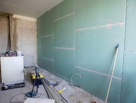 ровная стена из гипсокартона