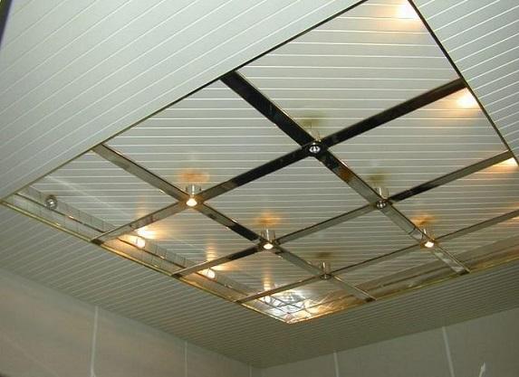 Как сделать разнообразный потолок