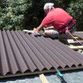 Укладка ондулина – простые правила надежной крыши