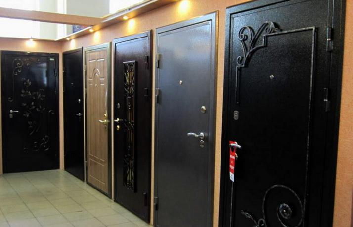 Современные входные двери, какие из них выбрать