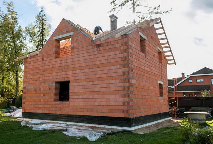 Дом из поризованной керамики