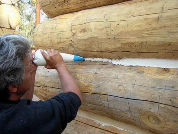 Защита деревянных стен герметиком