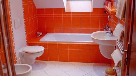 Обычный экран для ванной